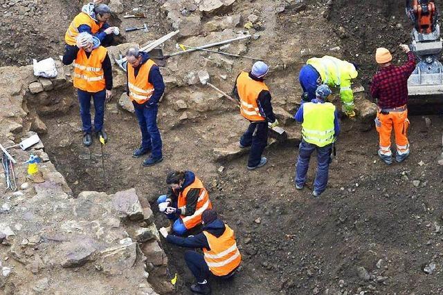 Platz der Alten Synagoge: Gemeinderat für Weiterbauen