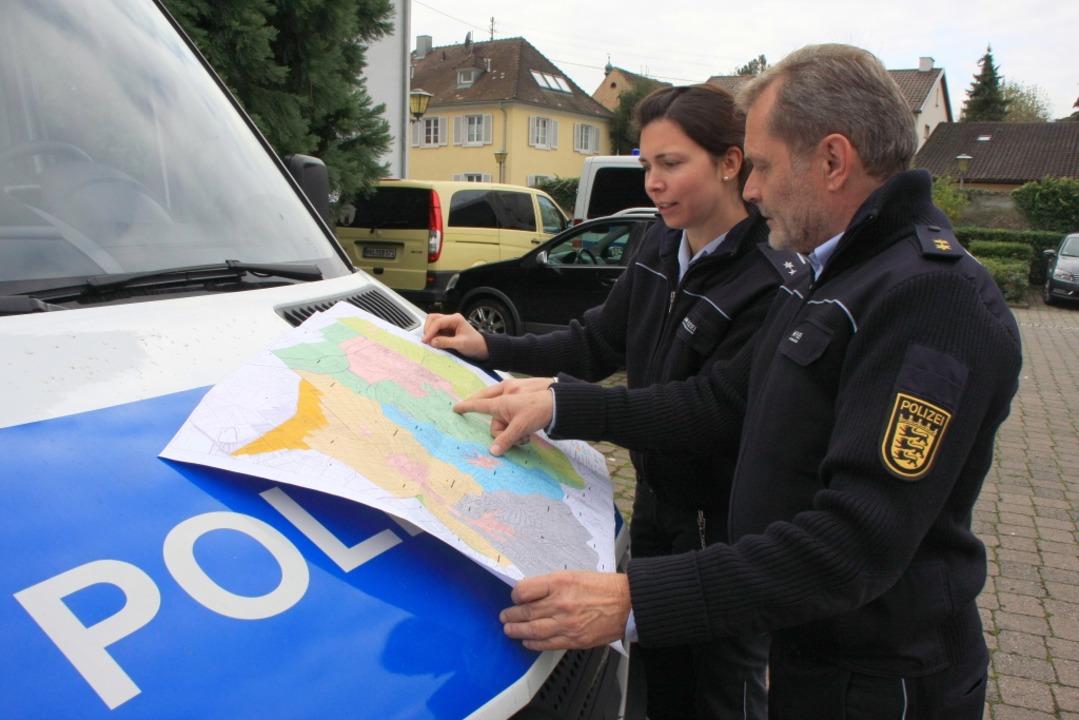 Die Polizei hatte rund um Endingen nach Hinweisen zu Carolin G. gesucht.  | Foto: Martin Wendel