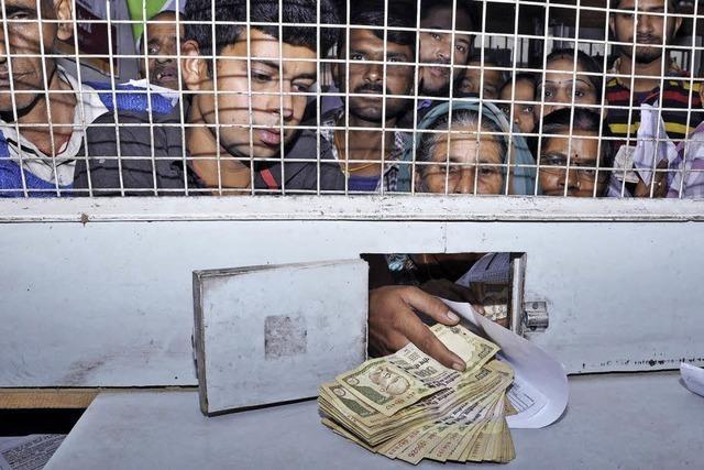 Währungsreform in Indien löst Panik aus