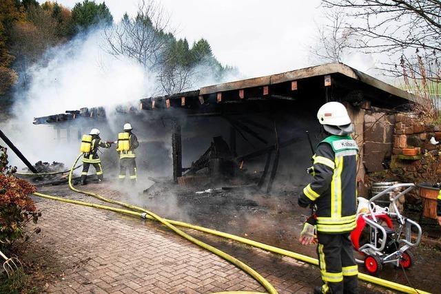 Gebäudebrand in Seitental der Stadt Waldkirch