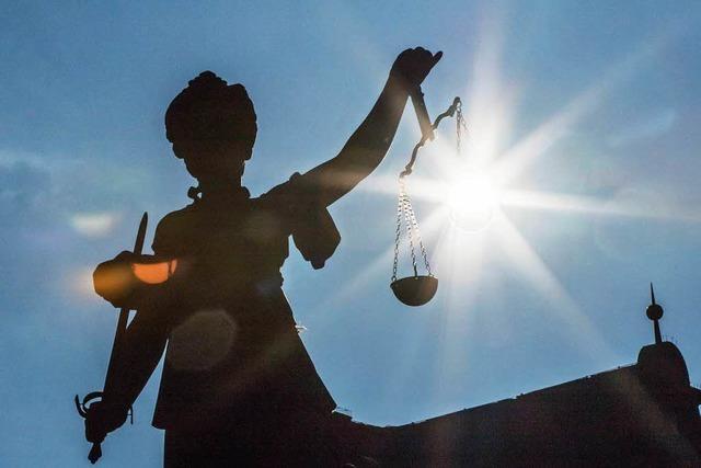Ankläger fordert knapp vier Jahre Haft