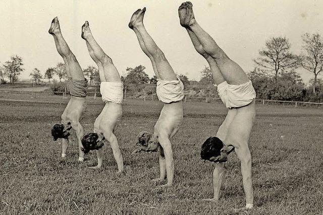 Alte Fotos, Ehrungen und viel Sport