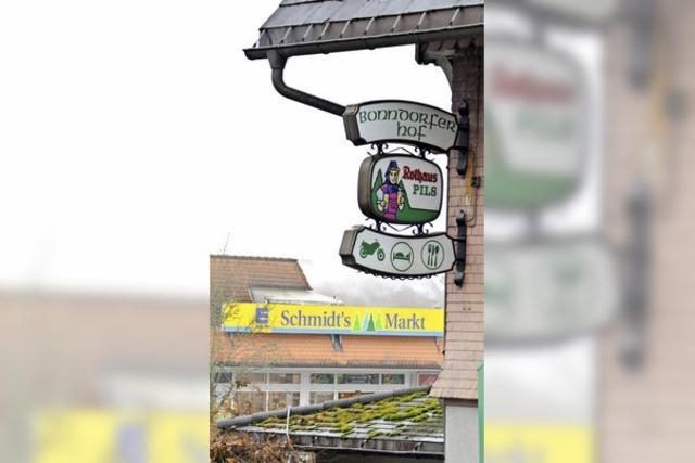 """Ehemaliges Gasthaus """"Bonndorfer Hof"""" darf für neuen Supermarkt abgerissen"""