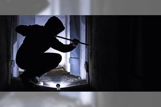 Polizei führt im Kampf gegen Wohnungseinbrüche mehr Kontrollen durch