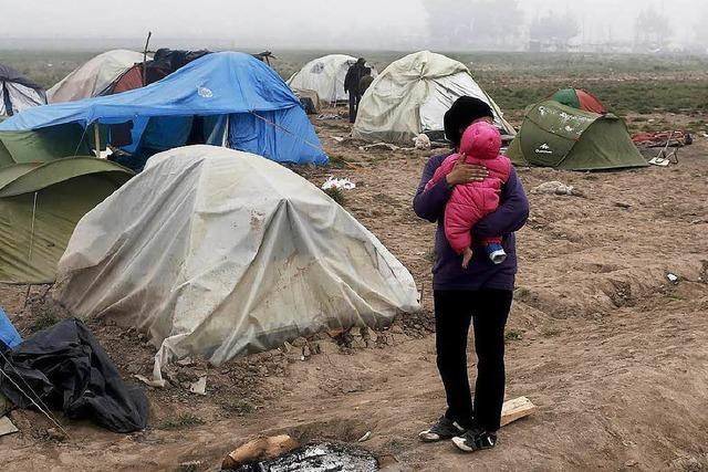 Unruhen in griechischem Flüchtlingslager