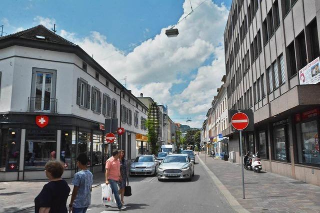 Grabenstraße in der Innenstadt von Lörrach wird Fußgängerzone