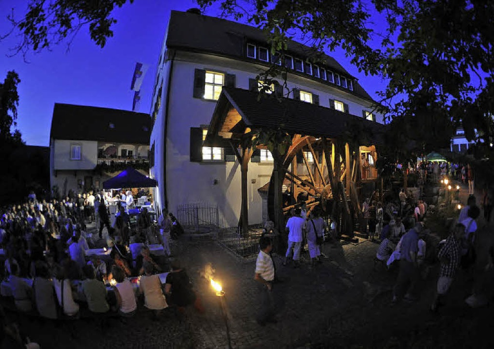Begeistert waren unzählige Gäste von d...n Atmosphäre rund um die Frick-Mühle.     Foto: Volker MÜnch