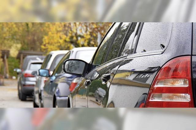 Neue Parkscheibenpflicht im Kirchweg - Anwohner verärgert