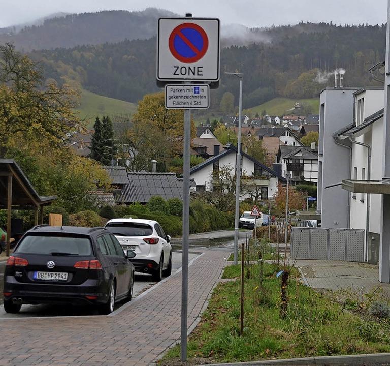Parkscheibenpflicht: der Kirchweg in Wittnau  | Foto: Andrea Gallien
