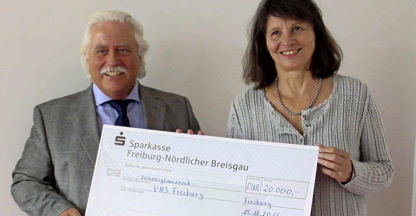 Peter Unmüßig hat 20000 Euro an die VHS Freiburg gespendet.  | Foto: privat