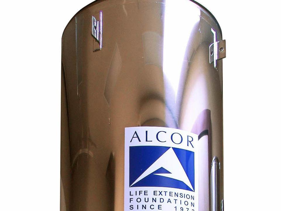 Reales Vorbild für DeLillos neuen Roman: ein Gefrierbehälter der US-Stiftung Alc  | Foto: DB Alcor Life Extension Foundati