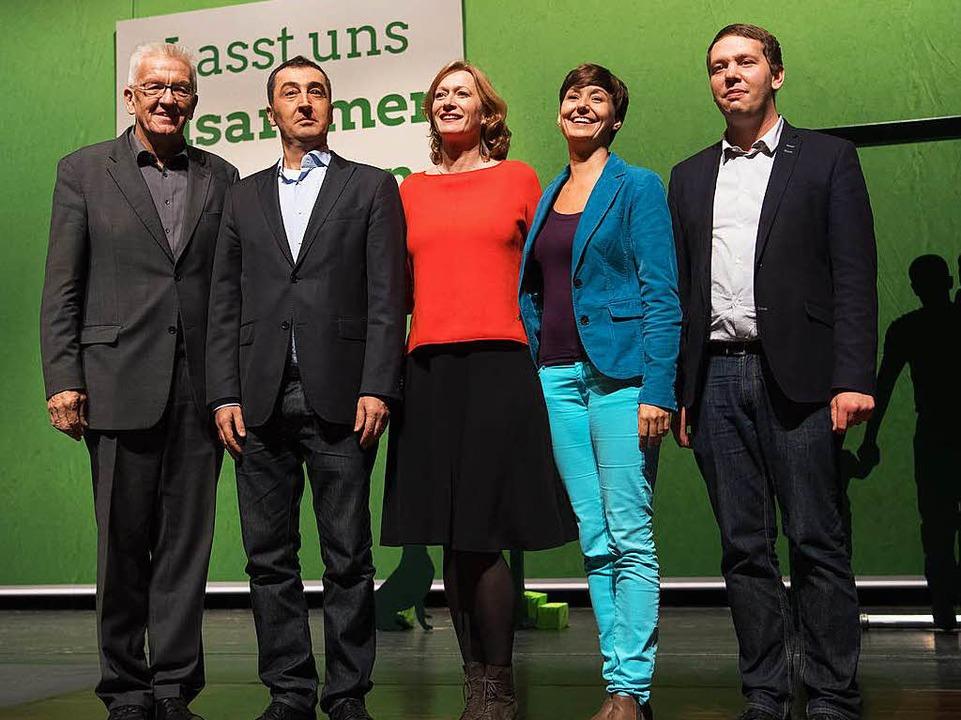 Ministerpräsident Winfried Kretschmann... Sandra Detzer und Oliver Hildenbrand.  | Foto: dpa