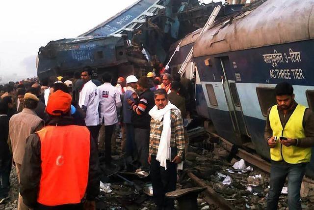 Mehr als 100 Tote bei schwerem Zugunglück in Nordindien