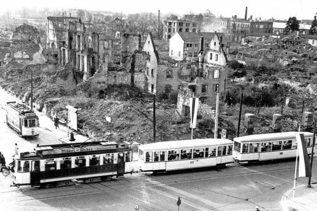 Das Freiburger Straßenbahnnetz wurde bald nach dem Bombenangriff von 1944 wieder in Betrieb genommen