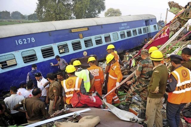 Mehr als 120 Menschen sterben bei Zugunglück in Indien