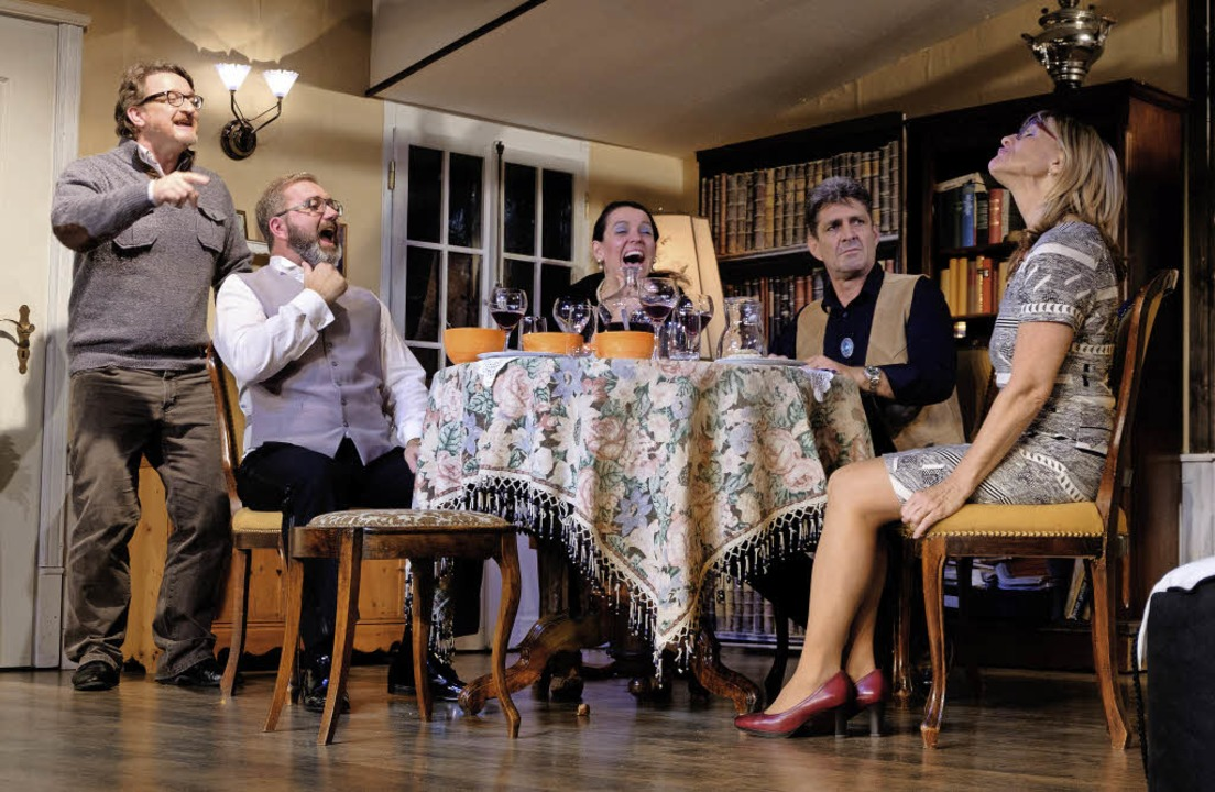 Für einen gelungenen Theaterabend im B... Ranc, Uwe Uhlemann und Petra Glienke.  | Foto: Ansgar taschinski