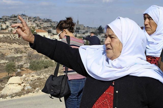 Palästinensische Bauern wollen Land zurück - israelische Nachbarn weigern sich