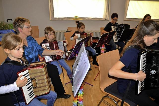 Junge Musiker holen sich den Sommer zurück