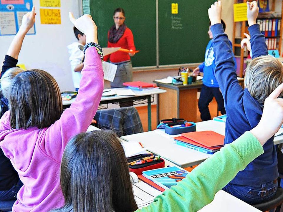 Schüler in Tübingen: In Realschulen soll sich künftig einiges ändern.  | Foto: dpa