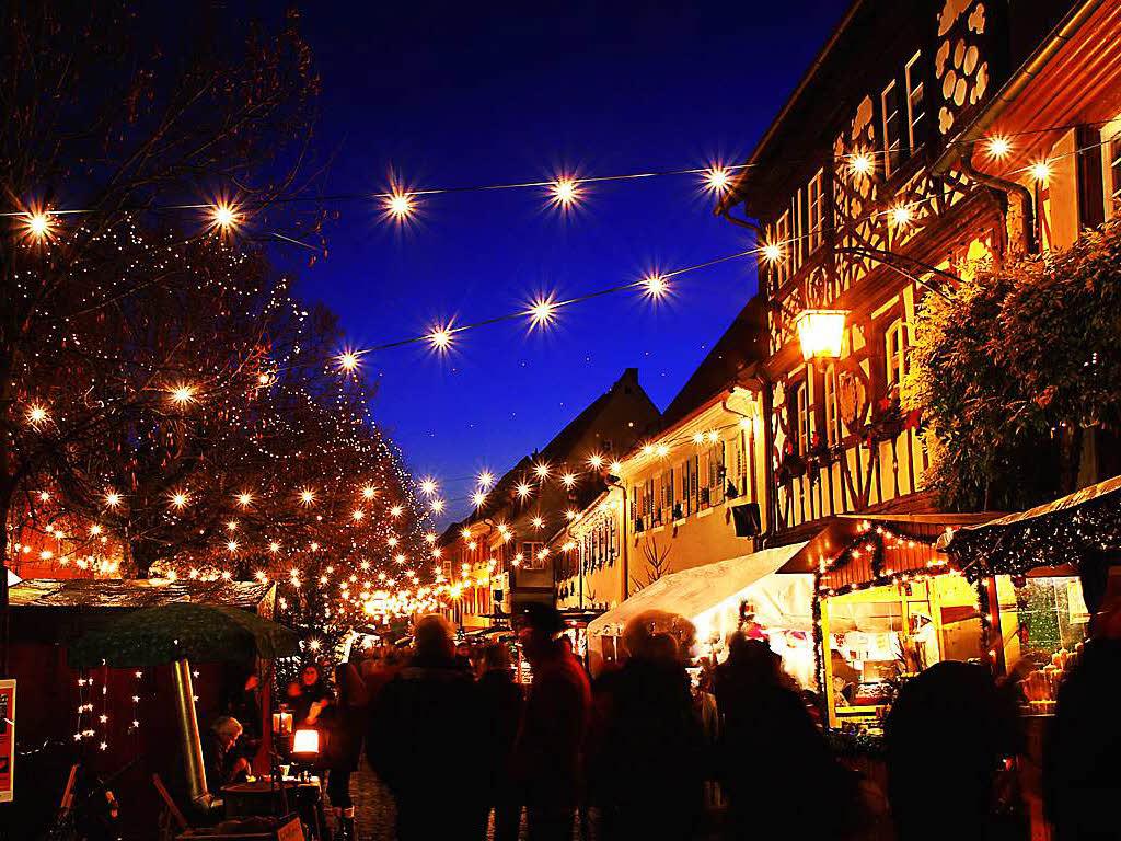 die sch nsten weihnachtsm rkte in der region freiburg freiburg badische zeitung. Black Bedroom Furniture Sets. Home Design Ideas