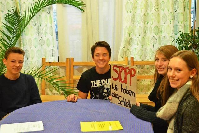 20 ausgebildete Schüler schlichten Konflikte ihrer Mitschüler