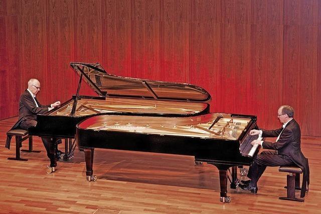 Klavierduo Stenzl gastiert in Schopfheim-Fahrnau