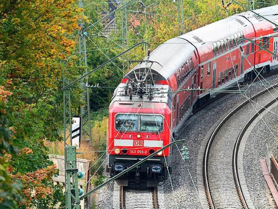 Die Lokomotiven auf der Höllentalbahn mussten gewartet werden.  | Foto: Ingo Schneider