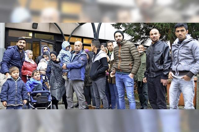 Flüchtlinge protestieren in Lörrach gegen geplanten Umzug nach Efringen