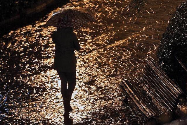 Schlimmstes Unwetter seit 2007 stürzt Valencia ins Chaos