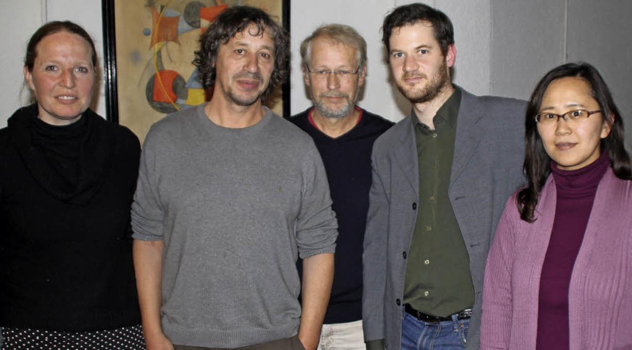 Der neue Vorstand des Vereins Klassika...cklinghoff, Georg und Fumi Dettweiler.  | Foto: Rolf Reißmann