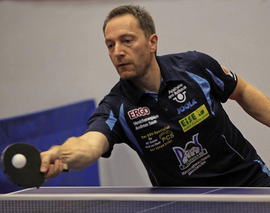 <BZ-FotoAnlauf>Tischtennis-Badenliga:<...aisonsieg und verlor mit dem ESV Weil.    Foto: Uwe Rogowski