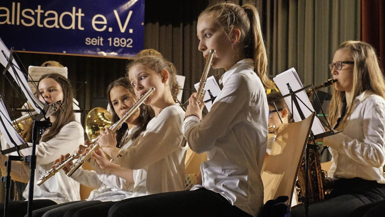 Das Jugendorchester gab in Schallstadt die Marschrichtung des Abends vor.     Foto: Julius Steckmeister