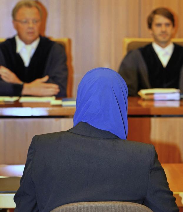 Kopftuch im Gerichtssaal – Bald ...z-Grün kann sich noch nicht festlegen.    Foto: dpa