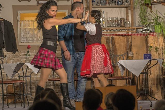 Sportverein bringt Striptease ins Dorf