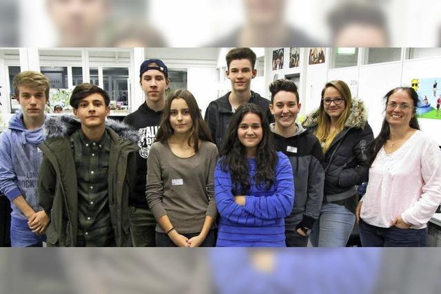 Schüler lernen die Firma Wetzel kennen