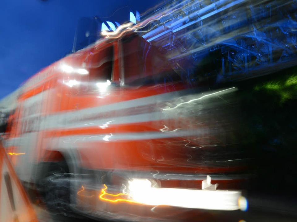Feuerwehreinsatz nach Brand im Einfamilienhaus. (Symbolbild)  | Foto: dpa