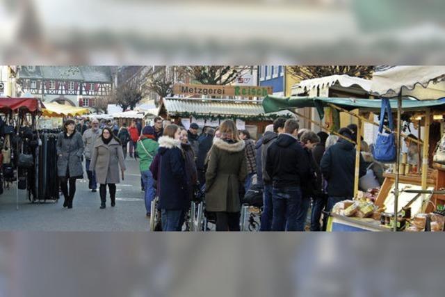 Traditioneller Klausmarkt in Kenzingen