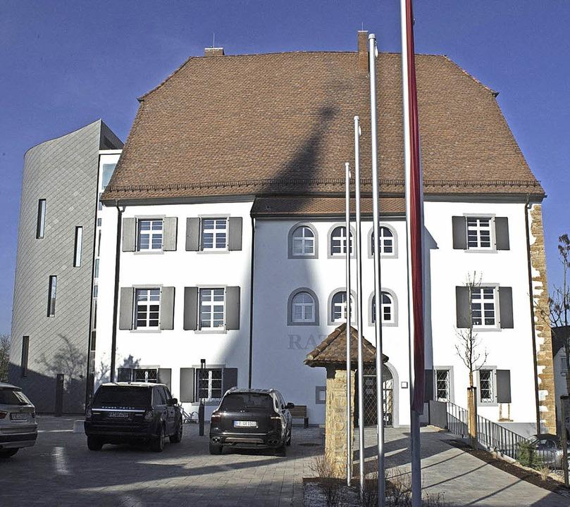 Eingeweiht wurde das Eschbacher Castell als neues Rathaus.    Foto: Volker Münch
