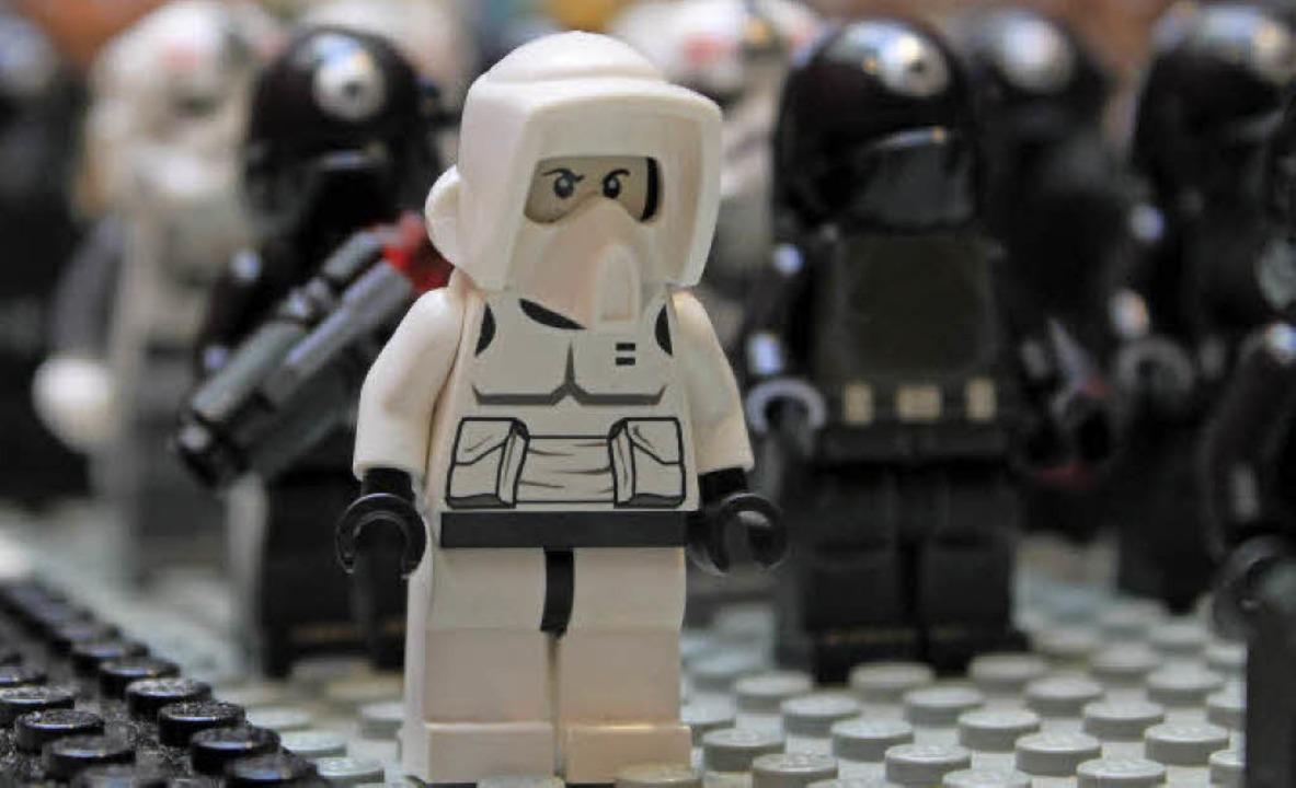 Die Minifiguren-Serie von Lego Star Wa... heraus und ist bis heute ein Renner.   | Foto: Bricklands