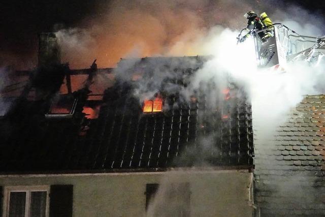 Feuerwehr findet Leiche nach Brand in Oberkirch - Opfer vermutlich 90-jähriger Hausbewohner