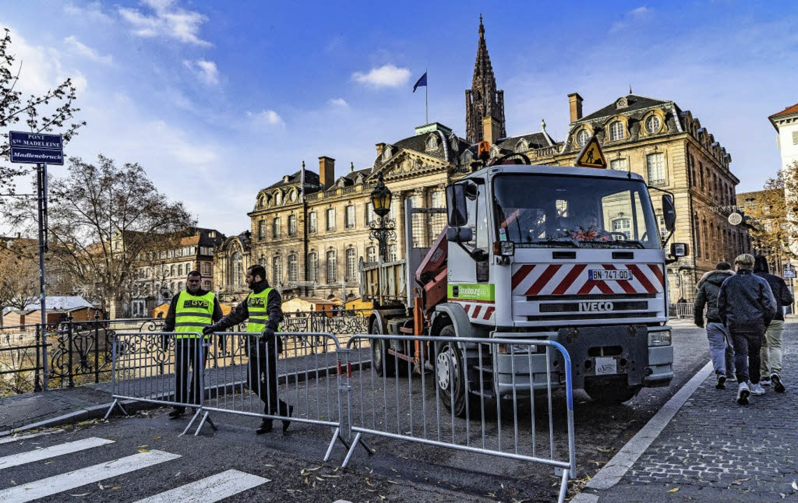 In und um die Weihnachtshauptstadt Straßburg wird Sicherheit groß geschrieben.   | Foto: teli