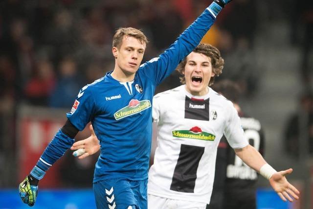 Torwart Schwolow rettet Unentschieden für den SC Freiburg