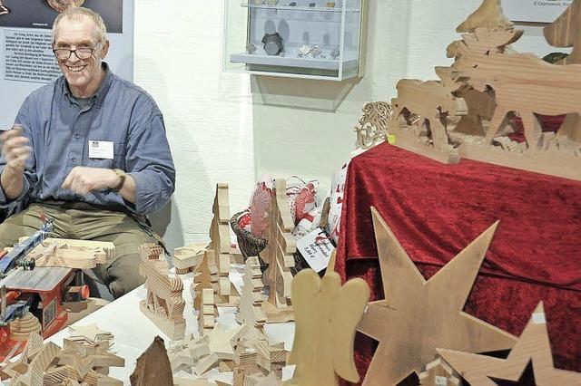 Markt mit Kunsthandwerk zieht viele Gäste an