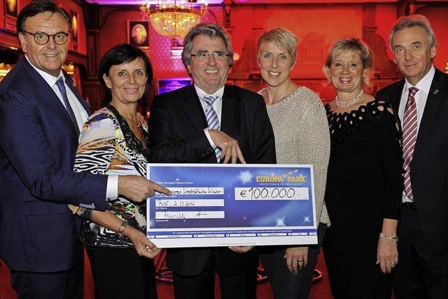 Spendengala im Europa-Park sammelt 110 000 Euro