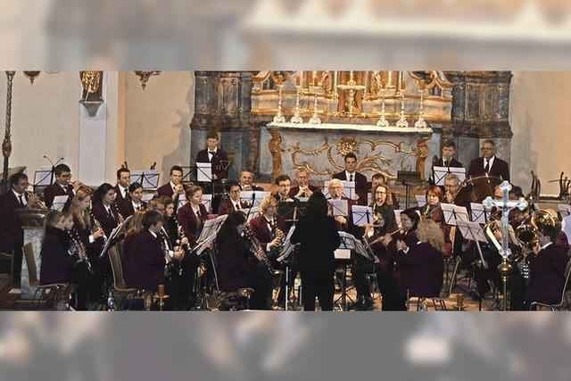 Harmonie im Orchester und starke Solobeiträge