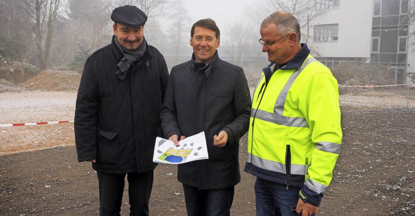 Haben den neuen Stückle-Parkplatz vorg...r vom Unternehmen Singler-Transporte.   | Foto: Susanne Gilg