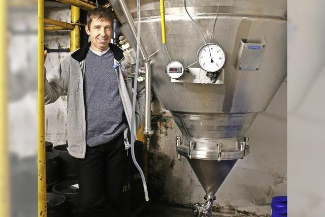 MACHT AUF DIE TÜR: Der süßliche Duft verrät den Alkohol im Tank