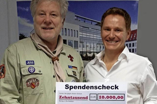 Wackerbau spendet Konradin-Pfadfindern 10 000 Euro