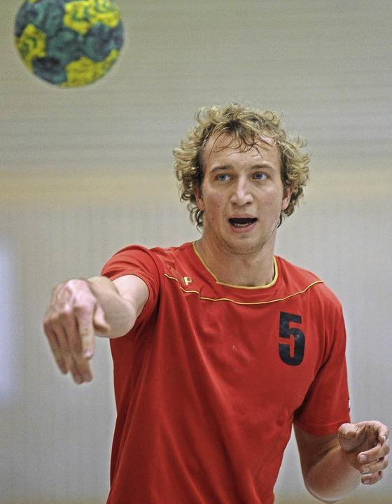 <BZ-FotoAnlauf>Landesliga:</BZ-FotoAnl...urg erzeilte Jonathan Müller in Weil.     Foto: Keller