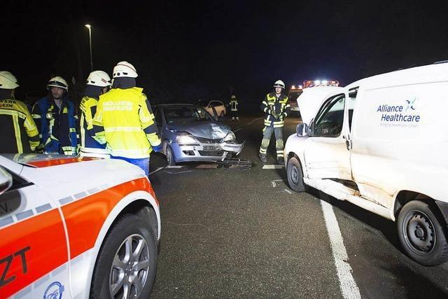 Zwei Verletzte bei Autounfall auf der Südtangente